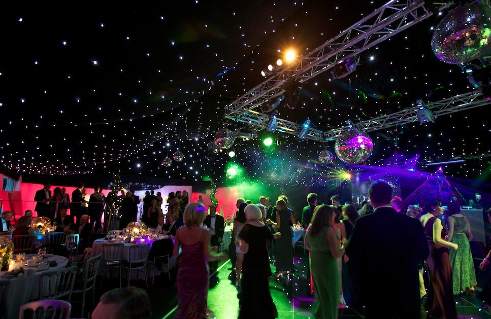 Amazing set up with laser lighting show to create a fantastic atmosphere for guests giving the impression they are in a night club. The star cloth ceiling makes it a popular choice in marquees. We supply marquees for areas such as Arundel, Worthing, Bognor Regis, in Sussex.