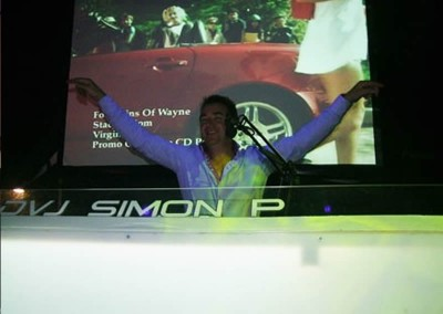 International Video DJ Simon P