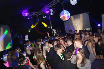 mobile night( )club hire in Kent for party planning for birthday celebrations and weddings