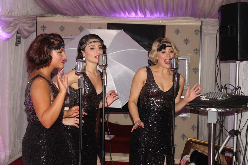 Great Gatsby Style Singers